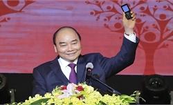 """Thủ tướng Nguyễn Xuân Phúc nhắn tin ủng hộ người nghèo trong Chương trình """"Sức mạnh nhân đạo 2020"""""""