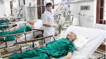 Tiếp nhận, điều trị bệnh nhân ngày Tết: Kịp thời ứng trực, cấp cứu ban đầu