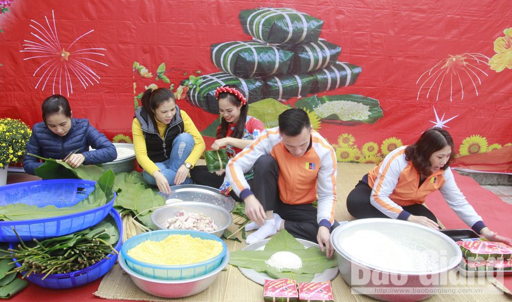 Bac Giang province, 2,000 youth workers, Affectionate Spring, Reunited Tet Holiday, spiritual life, upcoming Lunar New Year, excellent achievements