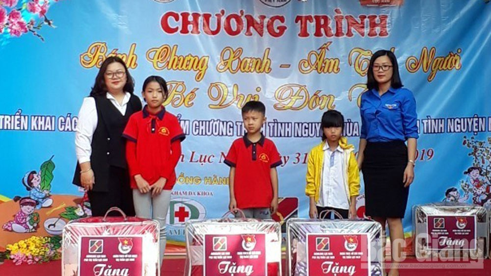 Nguyễn Thị Quỳnh, đảng viên trẻ tiêu biểu, thị trấn Lục Nam, thực hiện tốt công tác đoàn, phong trào thanh thiếu nhi