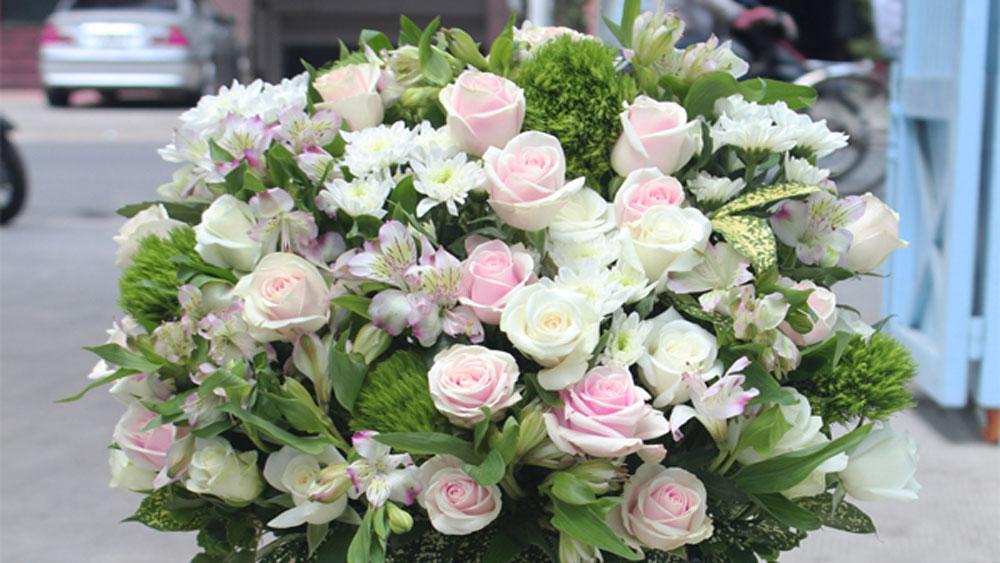 Ban Bí thư, quy định, thực hành tiết kiệm, tặng hoa chúc mừng