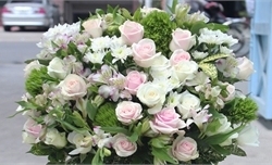 Ban Bí thư quy định về thực hành tiết kiệm trong việc tặng hoa chúc mừng