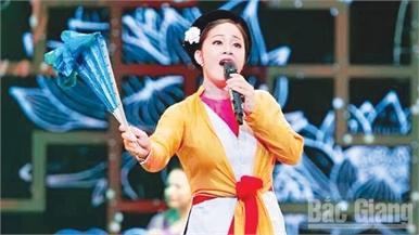 """Nghệ sĩ Ưu tú Quỳnh Mai: """"Điệu chèo em hát, khao khát tình xuân"""""""