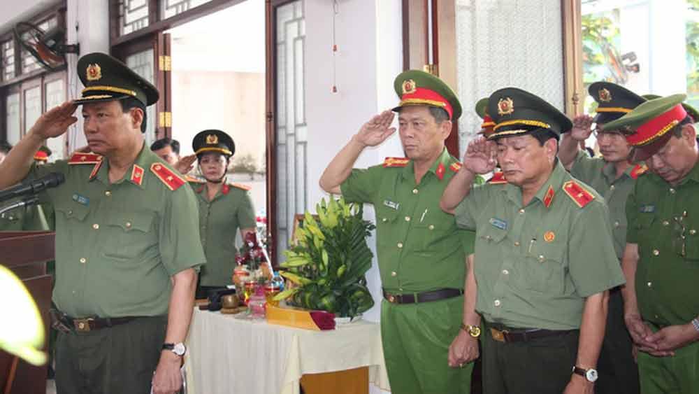 Thăng quân hàm, đề nghị công nhận liệt sĩ cho Đại úy Công an hy sinh khi bảo vệ Tết