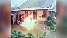 Con rể tưới xăng đốt nhà bố vợ vì níu kéo tình cảm bất thành