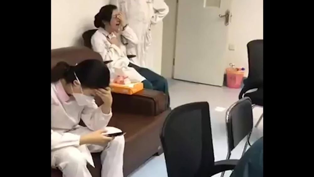 Hoảng loạn bên trong bệnh viện Vũ Hán