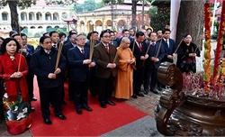 Lãnh đạo Đảng, Nhà nước và TP Hà Nội dâng hương, trồng cây tại Hoàng thành Thăng Long