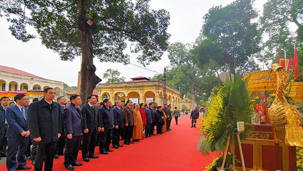 Party, State officials, offer incense, Thang Long Royal Citadel, national ancestors, tree planting
