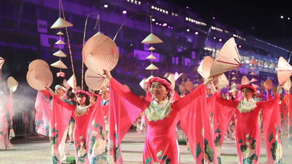 VN art troupe, Chingay Parade 2020, Singapore, Colours in Harmony, Bridge of Harmony, Vietnamese people community