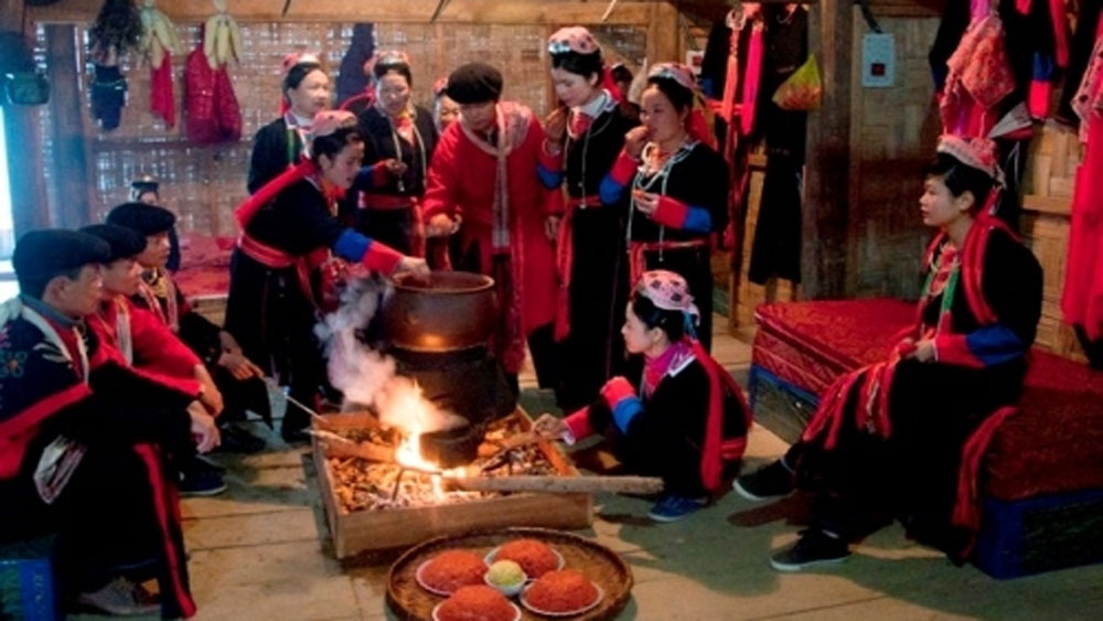Programme, traditional culture and customs, ethnic groups, Colours of spring, Lunar New Year celebrations, 90th founding anniversary,  traditional musical instruments