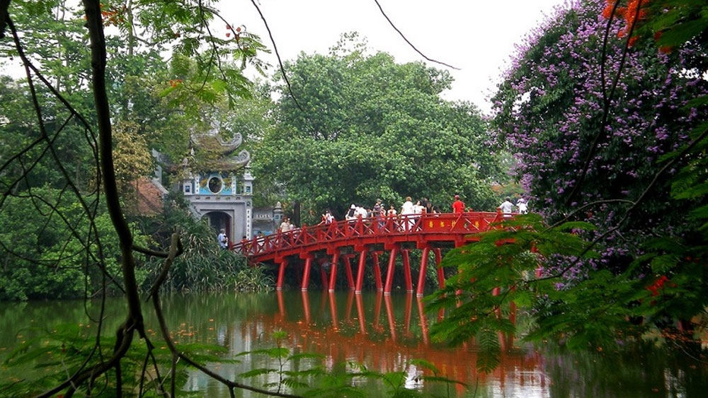 Hanoi suspends activities at relic sites, tourist destinations