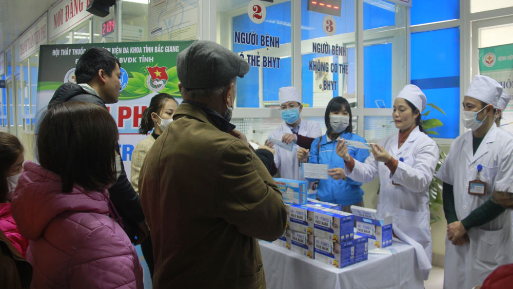 More than 5,000 medical mask given in new coronavirus fight