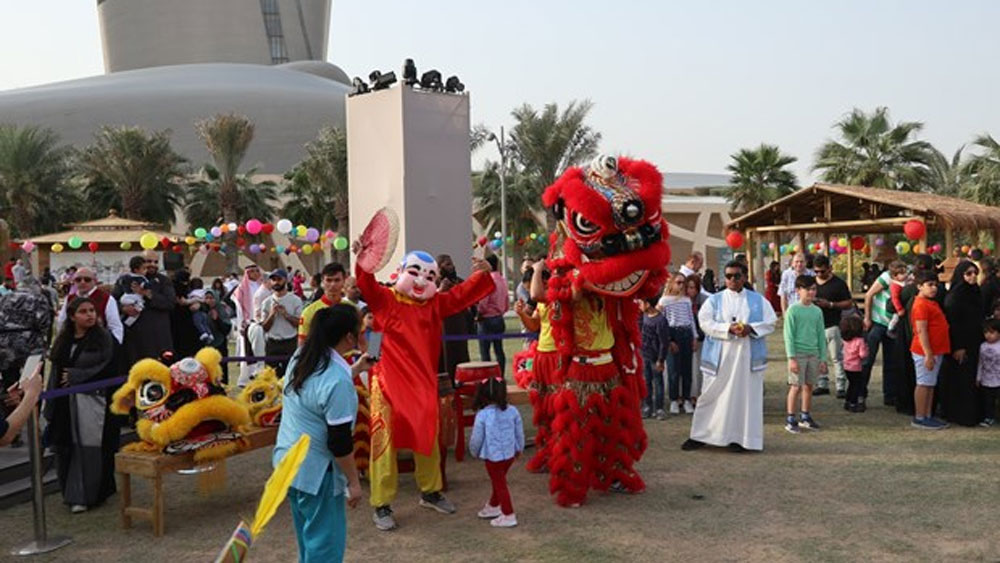 Vietnamese culture, Saudi Arabia, unique culture, locals and international visitors, Various activities, traditional musical instruments, lion dances, circus performances