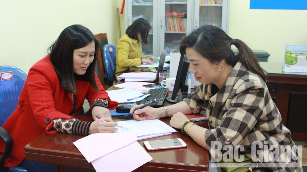 Bac Giang Business Consultation and Support  Center joins hands with enterprises to handle difficulties