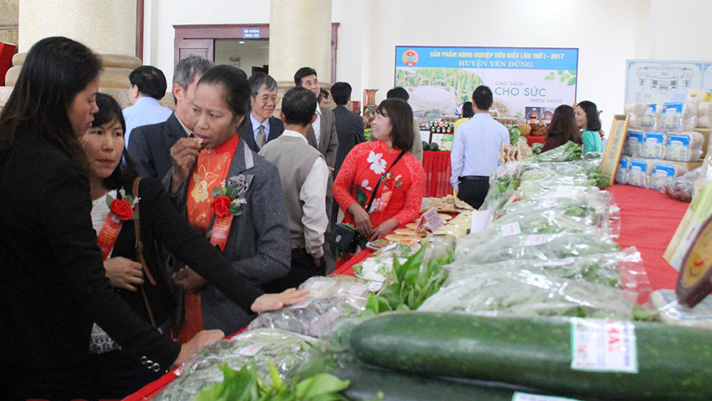 Bac Giang provides solutions for farm produce consumption