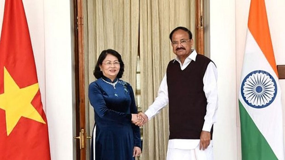 Vietnam, India treasure bilateral traditional relationship