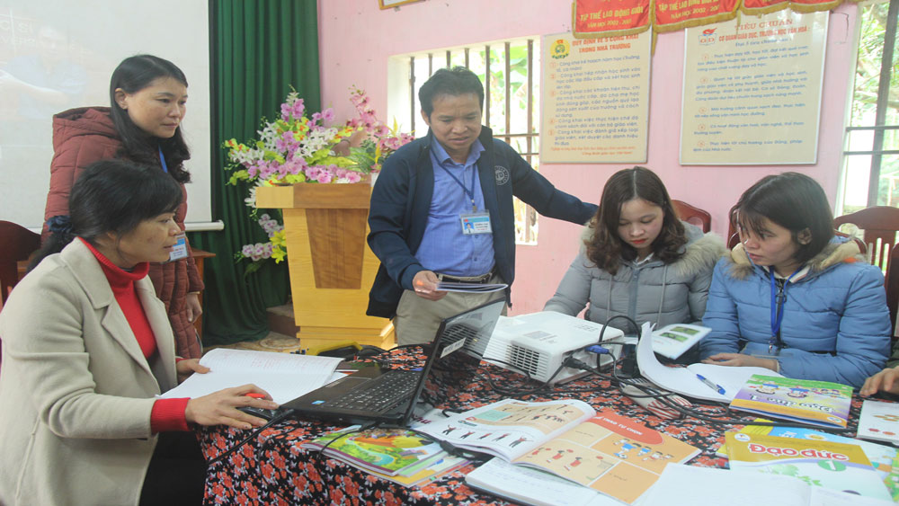 sách giáo khoa lớp 1, nhà trường, giáo viên, Bắc Giang