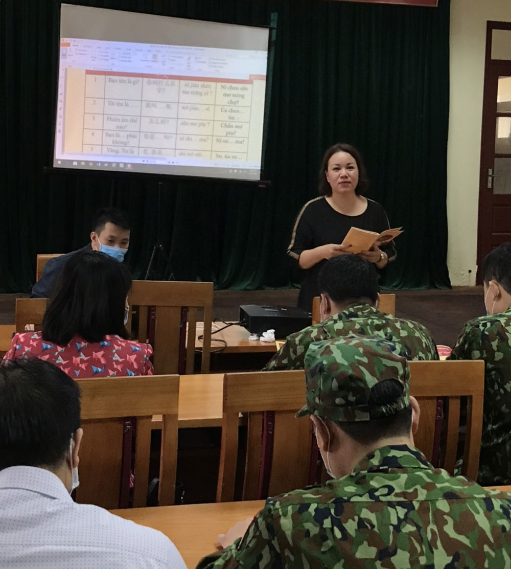 Bac Giang province, DoFA, Chinese, quick learning handbooks, combating Covid-19, Department of Foreign Affairs, Covid-19 prevention