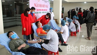 Bac Giang blood donation festival receives 100 safe blood units