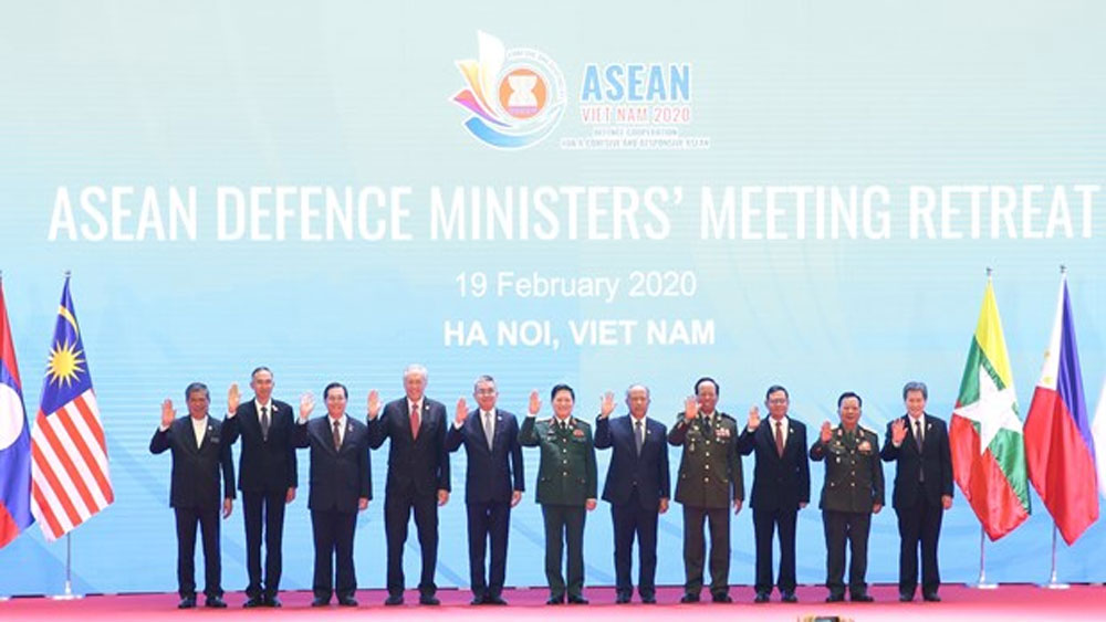 ASEAN, Defence Ministers, Meeting Retreat, Hanoi, rotary Chair of ASEAN, ASEAN Community, acute respiratory disease, common security challenges