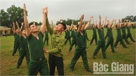 Tân binh rèn luyện tác phong quân ngũ