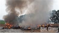 Đổ, đốt trộm rác thải công nghiệp gây ô nhiễm môi trường