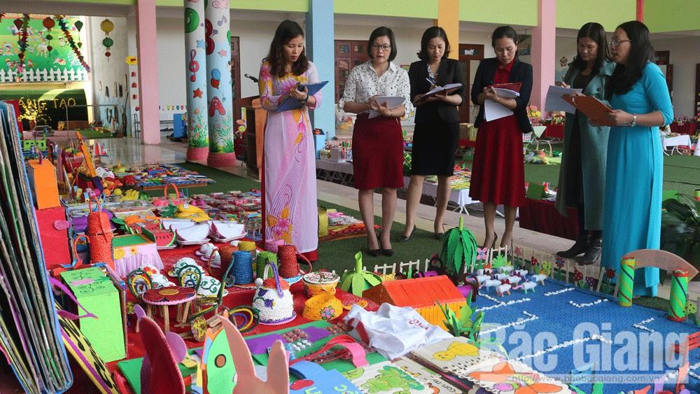 Lục Nam: Giáo viên mầm non sáng tạo hàng nghìn bộ đồ dùng, đồ chơi cho trẻ