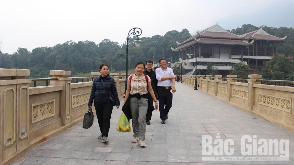 Bac Giang province, tourism development infrastructure,  infrastructure construction, key factors, tourism growth, tourism destinations