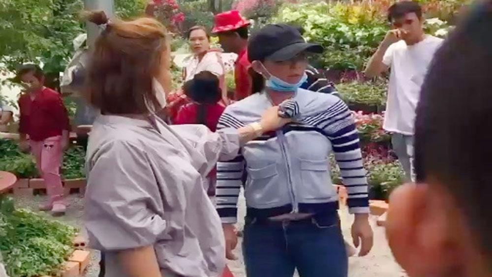 Công an thông tin vụ nhóm giật dây chuyền, đánh nữ du khách ở An Giang