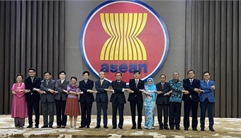 Jakarta meeting reviews ASEAN+3 cooperation