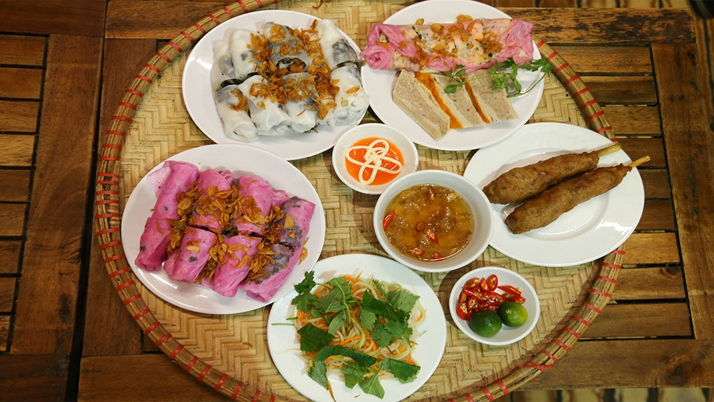 Thanh Tri, steamed roll rice pancakes, red dragon fruit, new taste, traditional dish, dragon fruit, special steamed roll rice pancakes