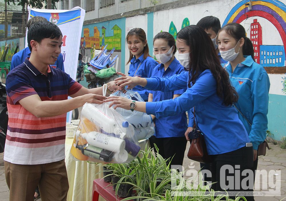Bac Giang's youth, Youth Month, Bac Giang province, prevention and control of Covid - 19,  5 green movement