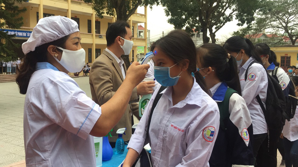 Bac Giang strictly implements preventive measures when students return school