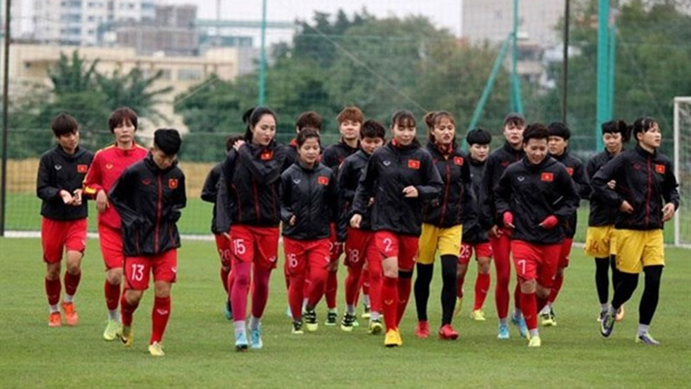 Women's squad, Olympic play-off, Head coach Mai Duc Chung, strong national women's football team