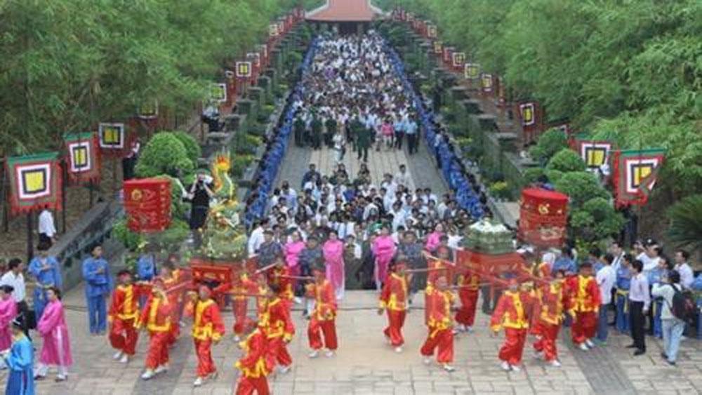 Phú Thọ dừng tổ chức phần hội tại lễ hội đền Hùng