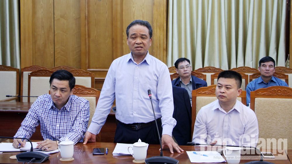 Bac Giang province, management of foreign workers, industrial parks, compulsory regulation, inadequate regulations, Department of Foreign Affairs