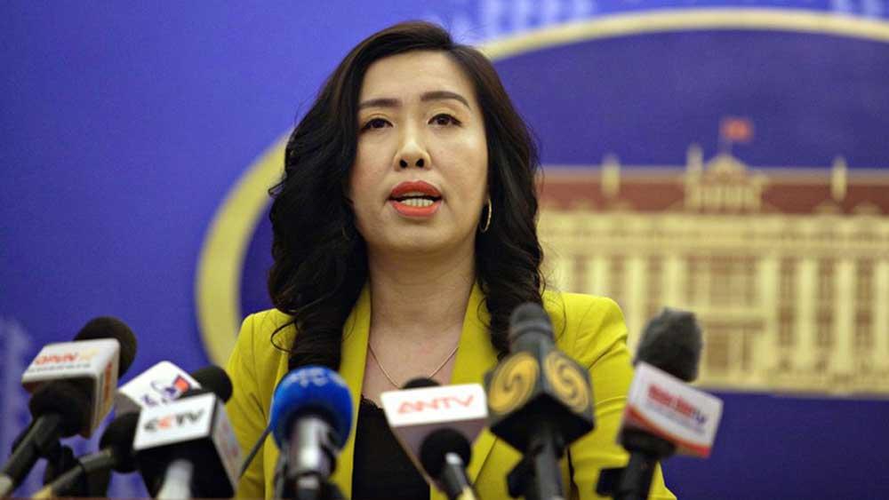 Bộ Ngoại giao nói về chính sách nhập, xuất cảnh cho người nước ngoài
