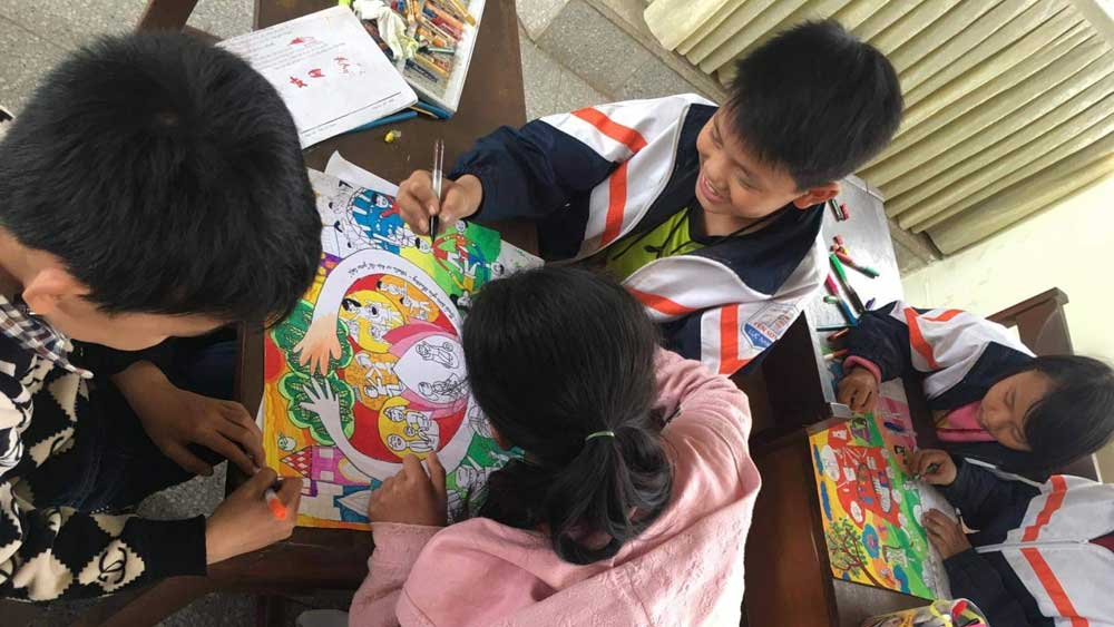 14 students, Bac Giang province, Toyota  Dream Car Art Contest, Toyota Motor Vietnam,  prized students