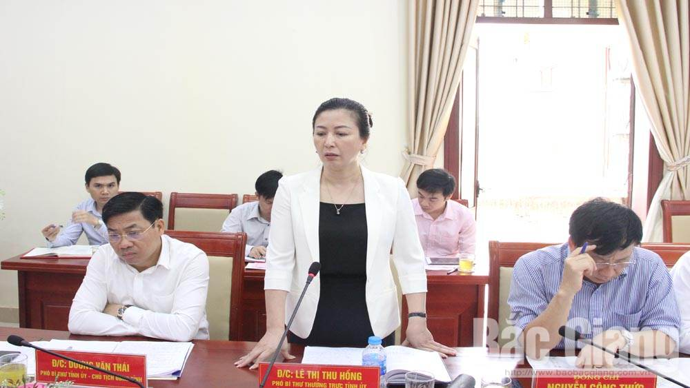 PPC Secretary, Bui Van Hai, Lang Giang district, traffic connection, new style rural district, Bac Giang province, political duties, public investment plan