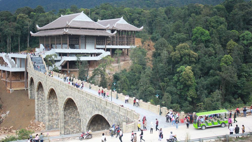 Bac Giang province, Son Dong tourism, tourism development, famous Yen Tu Mountain Range, Truc Lam Zen sect, primeval forests, beautiful landscapes