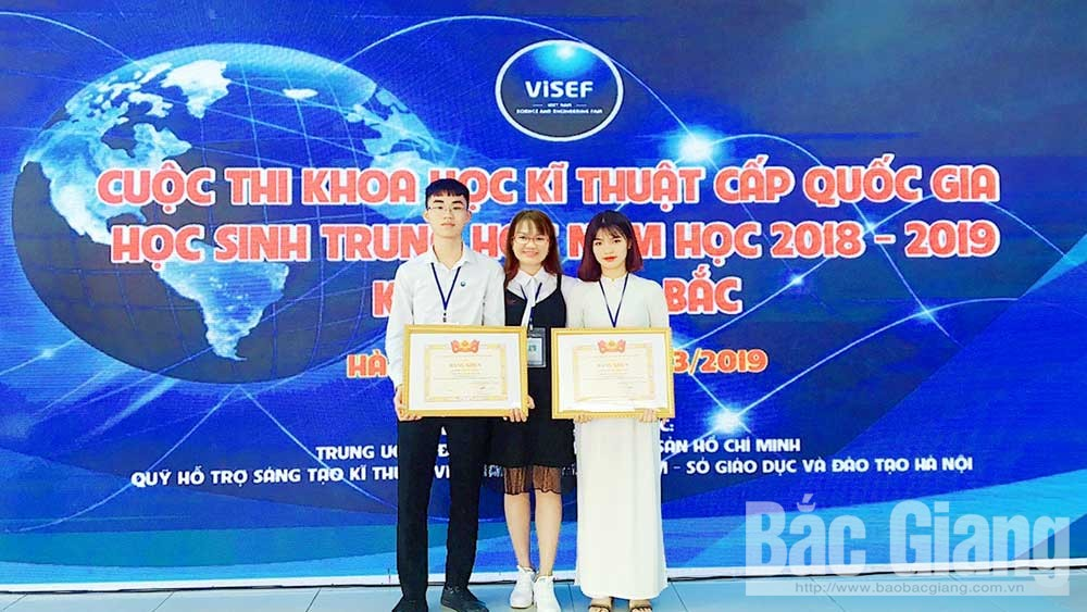 Teacher Cam Thi Ngoan, students' creative passion, Bac Giang province, technical invention contest,  high achievements, useful ideas