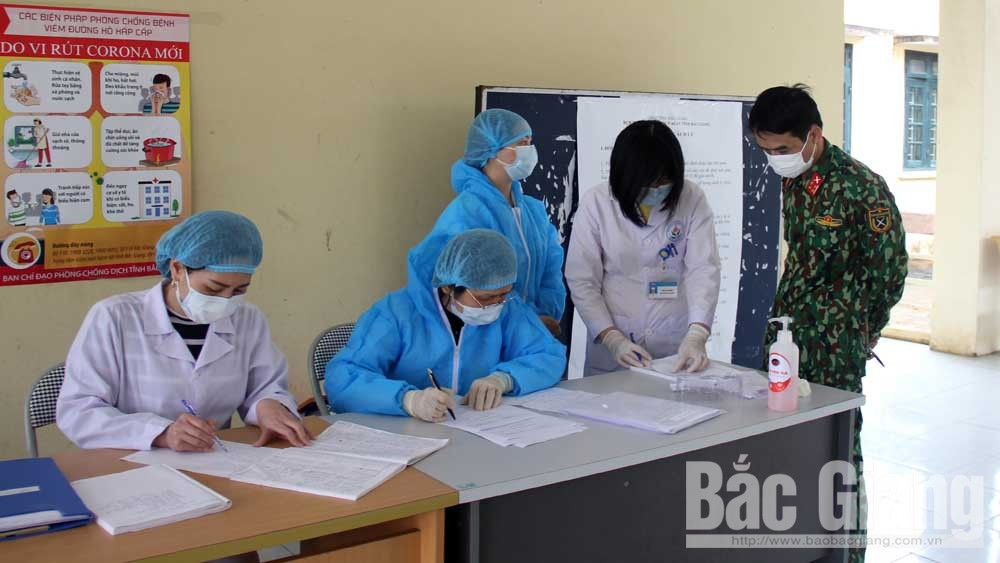 Bac Giang's soldiers, white blouse, Covid-19 fight,  Covid-19 pandemic, unseen consequences, SARS-CoV-2, suspected patients