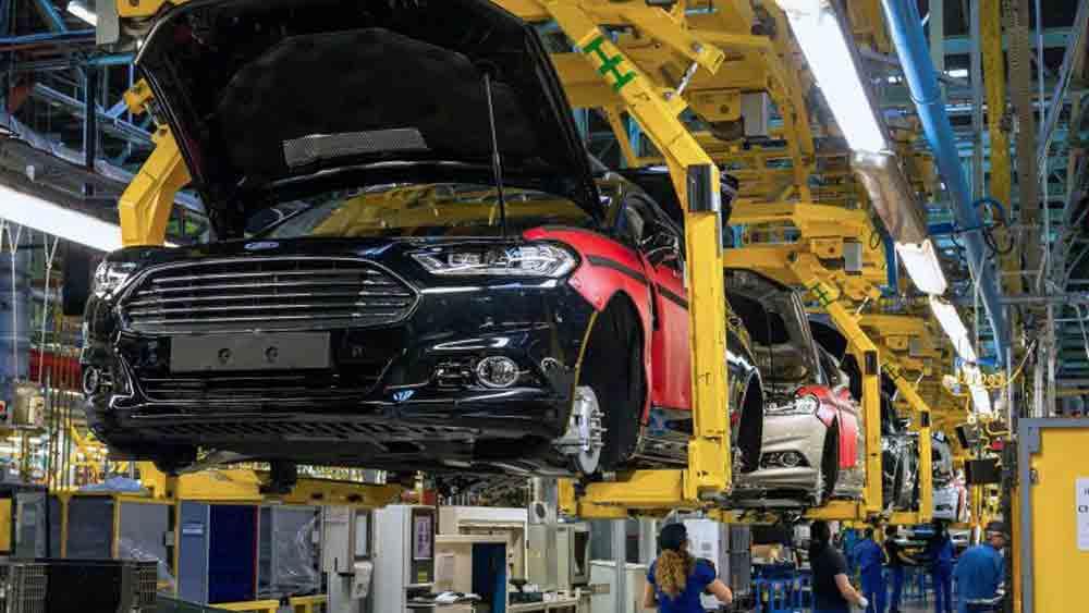 Ngành sản xuất ô tô dịch Covid-19, đóng cửa nhà máy sản xuất ô tô, nhà máy sản xuất ô tô Covid-19