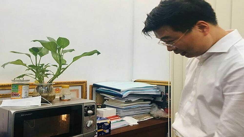 Khử khuẩn khẩu trang y tế bằng lò vi sóng để tái sử dụng