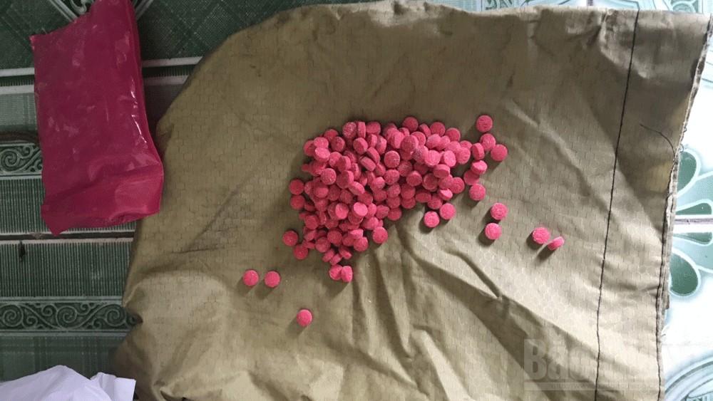 Công an huyện Tân Yên, Bắt đối tượng tàng trữ ma túy, buôn bán ma túy