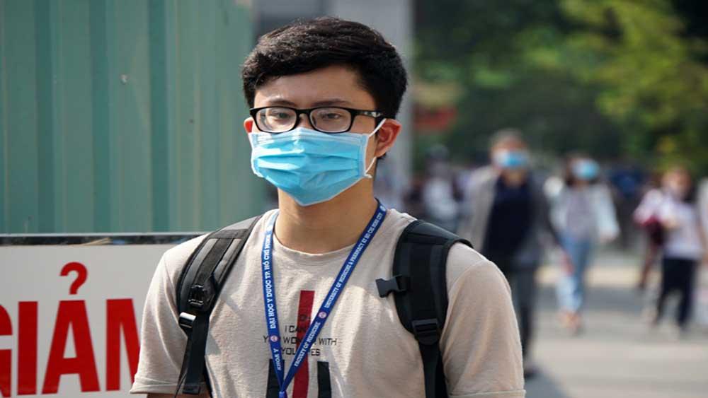 Nhiều trường đại học ở TP Hồ Chí Minh tiếp tục cho sinh viên nghỉ học