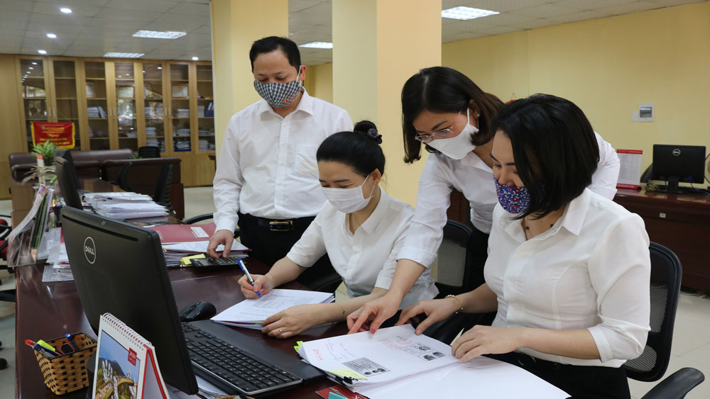 Bac Giang, commercial banks, Covid-19 fight, Covid-19 pandemic, production and business difficulties,  bank loans, Practical policies