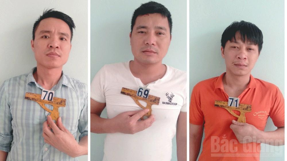 Công an huyện Hiệp Hoà, bắt đối tượng đánh bạc; huyện Hiệp Hoà; tỉnh Bắc Giang.