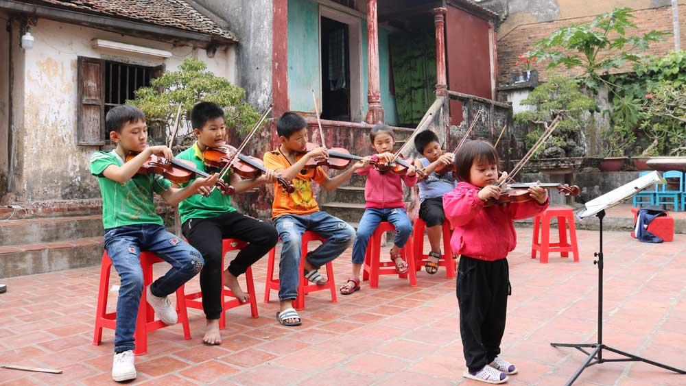 Đội vĩ cầm nhí làng Then, xã Thái Đào (Lạng Giang)