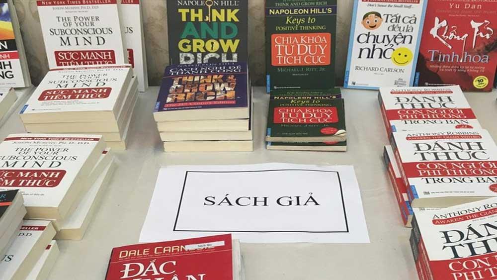 Khuyến cáo 33 trang bán sách giả cần tránh xa